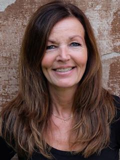 Elisabeth frisör på Ålstens Hårbutik