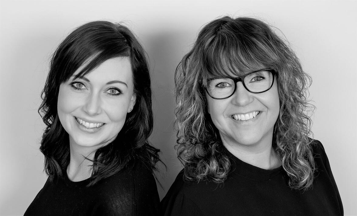 Anneli och Siri på Hårfint i salong Finspång