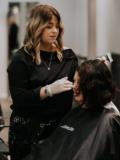 Julia frisör på Salong Jessie