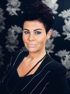 Veronika frisör på Studio Fame